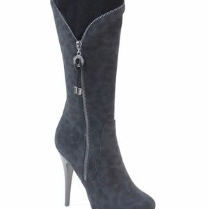 Italina Jack Boot in Black/Leopard Size 10